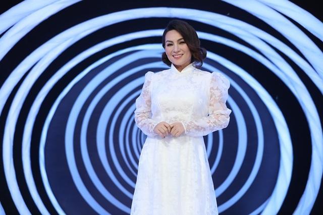 NSND Hồng Vân tiết lộ tình cảm đặc biệt với ca sĩ Nguyễn Hưng - Ảnh 9.