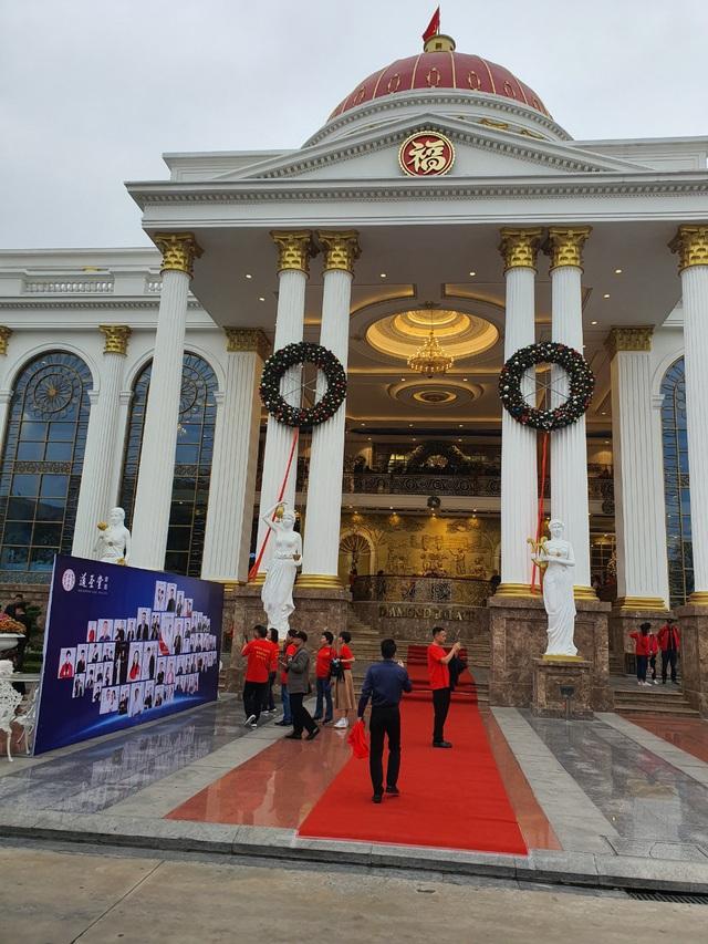 Hải Phòng yêu cầu dừng ngay hội nghị tập trung 2000 khách Trung Quốc - Ảnh 2.