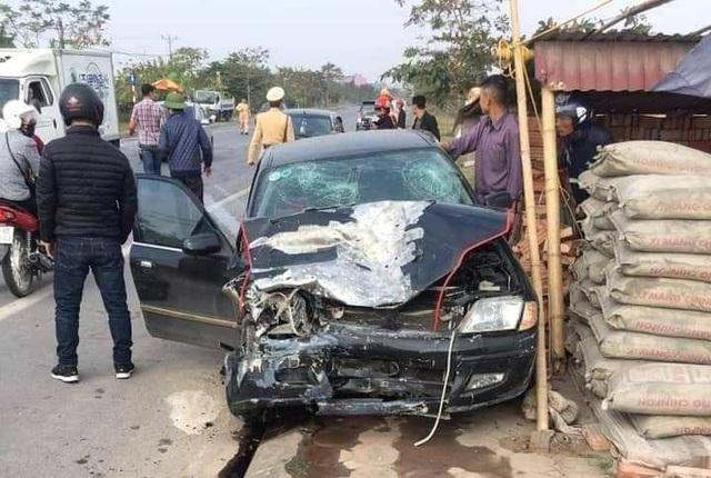 Thái Bình: Hai xe ô tô đâm nhau, một người tử vong - Ảnh 1.