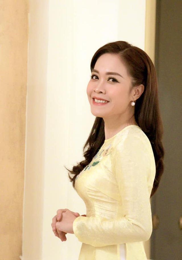 BTV Hoàng Trang: Được nhận vào VTV chỉ sau 1 đêm, nhớ mãi câu nói của MC Lại Văn Sâm - Ảnh 11.