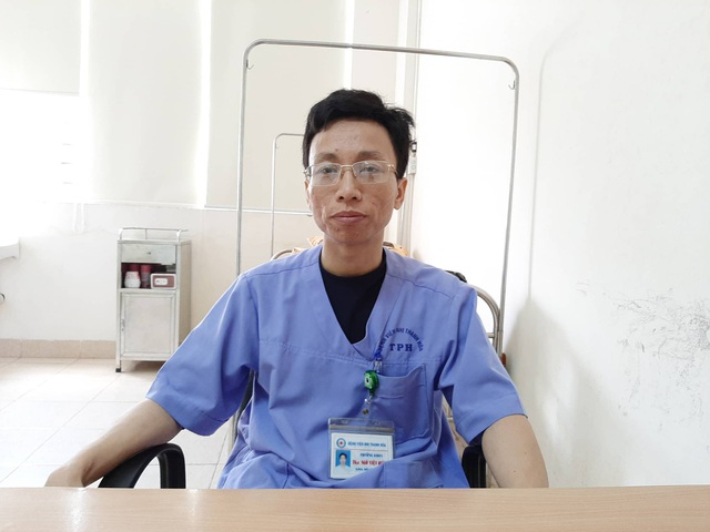 Bác sỹ quên ăn cấp cứu 143 trẻ mầm non nghi bị ngộ độc - Ảnh 3.