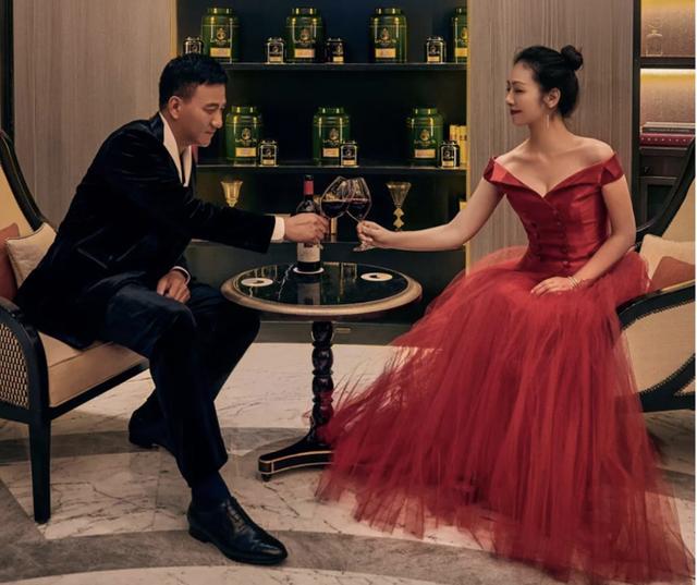 Kiều Phong đỉnh nhất Thiên long bát bộ: Cuộc sống gia đình đẹp hơn cả trên phim - Ảnh 3.