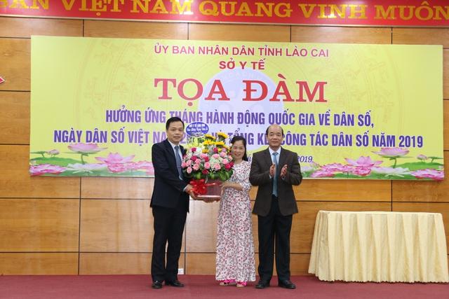 Lào Cai tọa đàm hưởng ứng tháng hành động quốc gia về Dân số - Ảnh 1.
