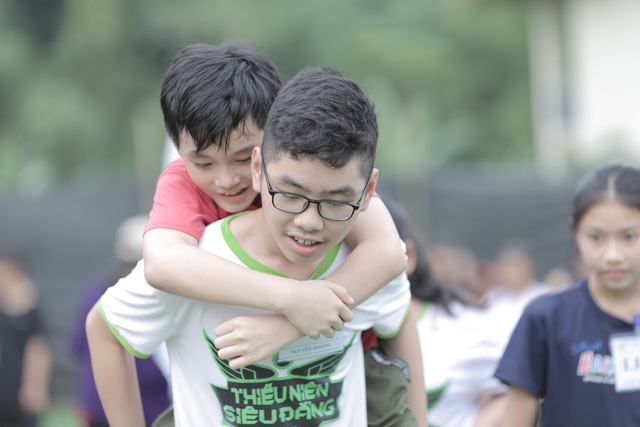 Nghịch lý thời hiện đại: cha mẹ chu cấp đủ mọi thứ; con vẫn ích kỷ, thờ ơ - Ảnh 4.