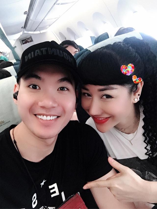 Một năm thay đổi của Trương Nam Thành khi cưới đại gia hơn 15 tuổi - Ảnh 2.