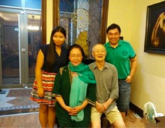 Võ Tắc Thiên 3 đời chồng: Não chấn thương khi quay phim, tuổi già bệnh tật phải ngồi xe lăn - Ảnh 10.