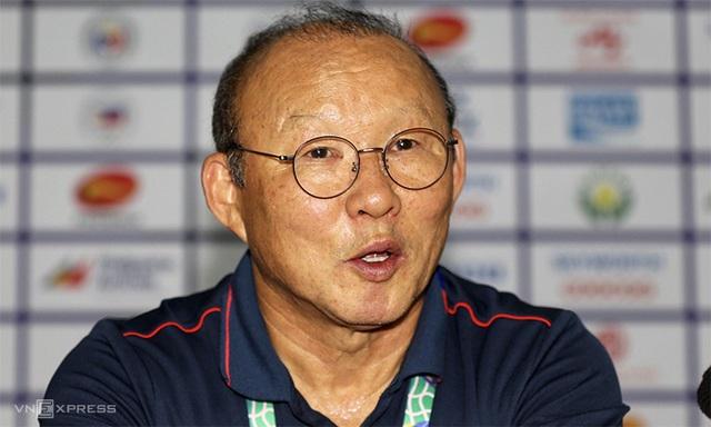 HLV Park Hang-Seo: Tôi thay Dũng không phải vì lỗi của cậu ấy trước Indonesia - Ảnh 1.