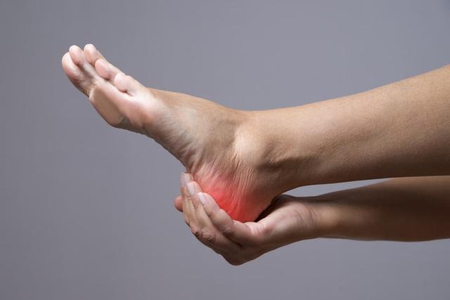 Nếu 4 điểm này của bàn chân không có dấu hiệu bất thường, chứng tỏ cơ thể bạn rất khỏe mạnh - Ảnh 2.