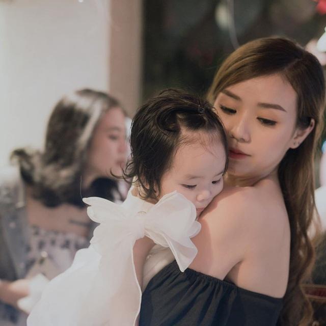 Cháu gái nghệ sĩ Bảo Quốc: Bị đàm tiếu không chồng mà có con, bám lấy Hoài Lâm như cây ATM - Ảnh 2.