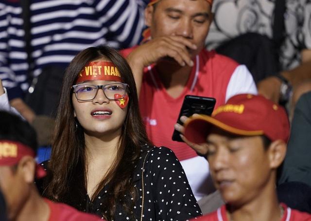 U22 Việt Nam - Singapore: Bùi Tiến Dũng dự bị - Ảnh 5.
