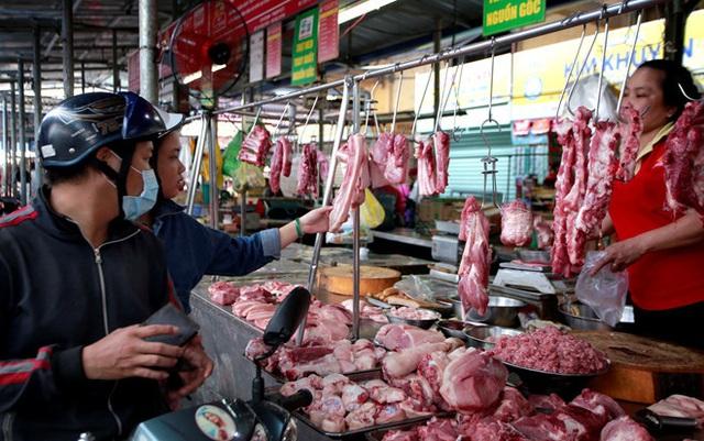 Nếu ấn một ngón tay xuống miếng thịt lợn mà thấy điều này xảy ra thì chớ dại mua - Ảnh 2.