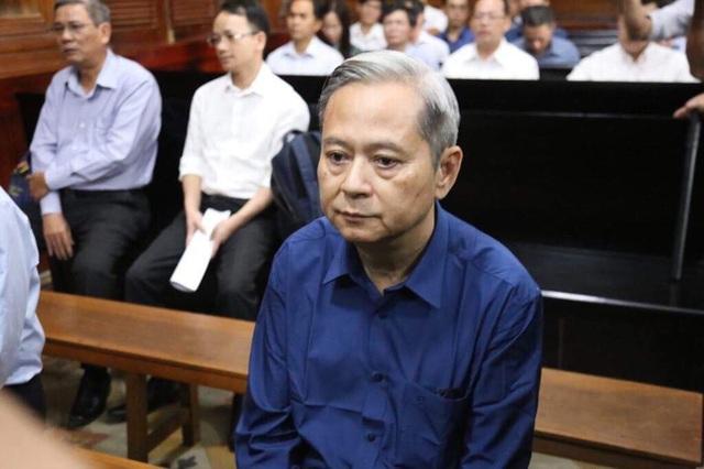Nguyên Phó Chủ tịch UBND TP.HCM Nguyễn Hữu Tín lĩnh án 7 năm tù - Ảnh 1.