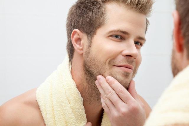 Nam giới mọc râu quá nhanh có phải có vấn đề về nội tiết hay không: Hãy nghe BS phân tích - Ảnh 2.