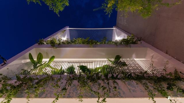 Ngôi nhà nhỏ trong lành và duyên dáng với cây xanh thân thiện của cặp vợ chồng mới cưới ở TP. Đà Nẵng - Ảnh 3.