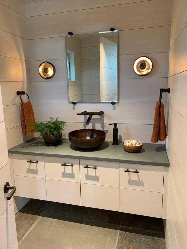 Những mẫu bồn rửa tay độc đáo cho phòng tắm gia đình thêm thu hút - Ảnh 3.