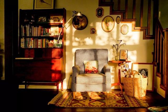 Cặp vợ chồng trẻ biến ngôi nhà đổ nát thành không gian sống hoa nở bốn mùa - Ảnh 12.