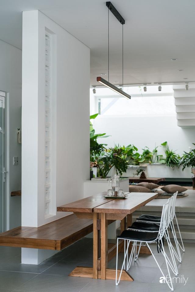 Ngôi nhà nhỏ trong lành và duyên dáng với cây xanh thân thiện của cặp vợ chồng mới cưới ở TP. Đà Nẵng - Ảnh 15.