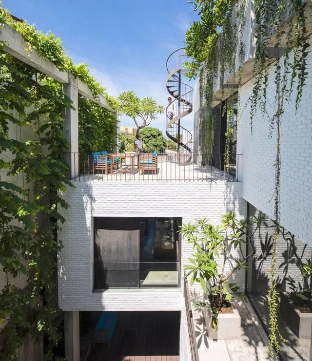 Ngôi nhà góc nào cũng như đang đi trong công viên dành cho gia đình 5 người ở Đà Nẵng - Ảnh 21.