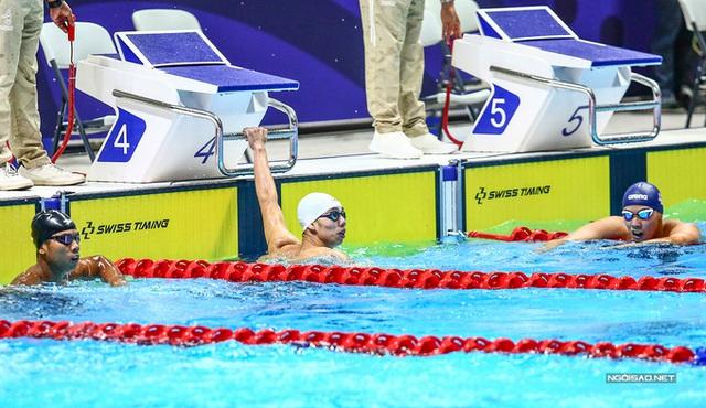 Huy Hoàng khoe cơ bắp sau khi phá kỷ lục SEA Games - Ảnh 5.