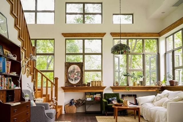 Cặp vợ chồng trẻ biến ngôi nhà đổ nát thành không gian sống hoa nở bốn mùa - Ảnh 4.