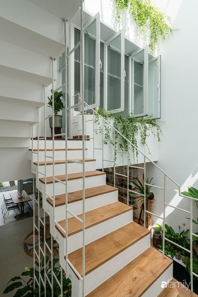 Ngôi nhà nhỏ trong lành và duyên dáng với cây xanh thân thiện của cặp vợ chồng mới cưới ở TP. Đà Nẵng - Ảnh 35.
