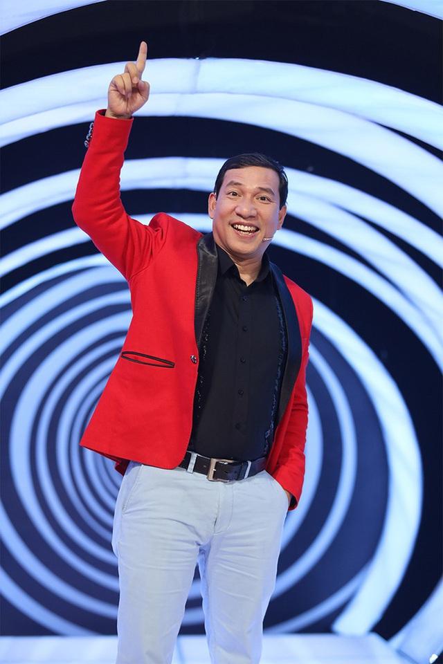 Khán giả bật cười khi MC Lại Văn Sâm bị Quang Thắng gọi là củ Sâm - Ảnh 2.