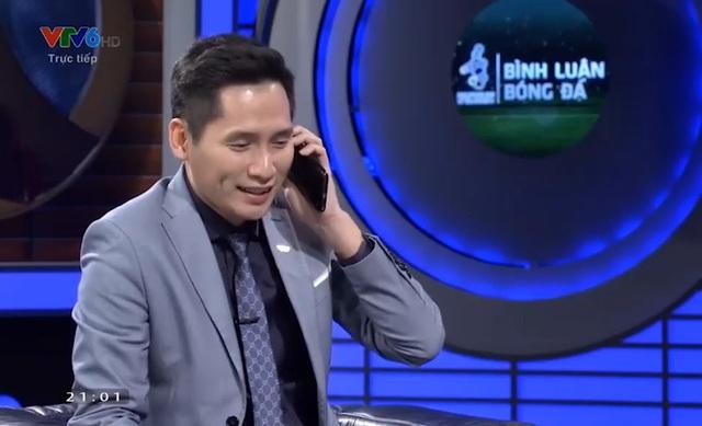 BTV Quốc Khánh công khai xin lỗi Bùi Tiến Dũng trên sóng trực tiếp nhưng lại khiến khán giả không hài lòng - Ảnh 1.