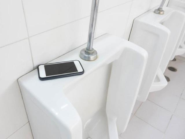 Tuyệt đối không để điện thoại thông minh ở 5 nơi này nếu không muốn lãnh hậu quả đáng sợ - Ảnh 3.