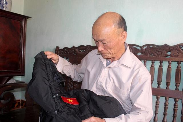 Ông nội Tiến Linh lo lắng điều gì mỗi khi thấy cháu bị phạm lỗi nằm sân? - Ảnh 5.