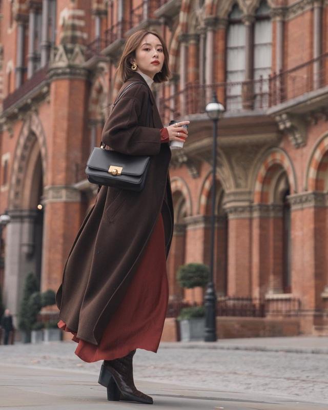 Nghĩ tưởng đơn giản nhưng không phải nàng nào cũng biết 4 mẫu áo khoác kết hợp ăn ý nhất với váy - Ảnh 15.