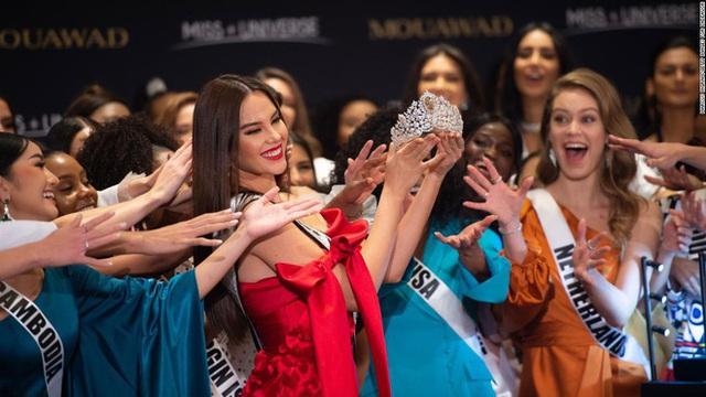 Hoàng Thùy dừng chân ở top 20, người đẹp Thái Lan trượt top 3 Hoa hậu Hoàn vũ thế giới 2019 - Ảnh 22.