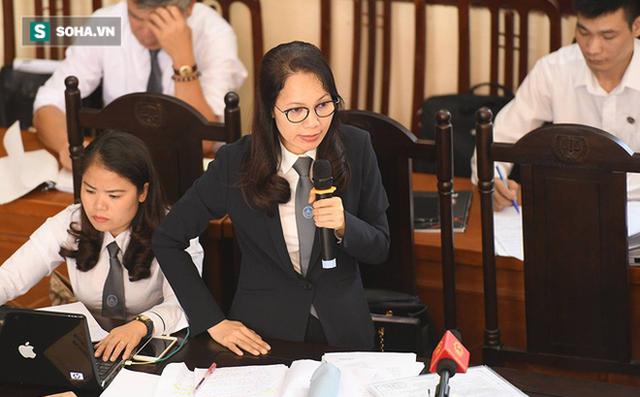 Luật sư Trần Hồng Phúc bào chữa cho bs Phạm Công Lương. Ảnh: Soha