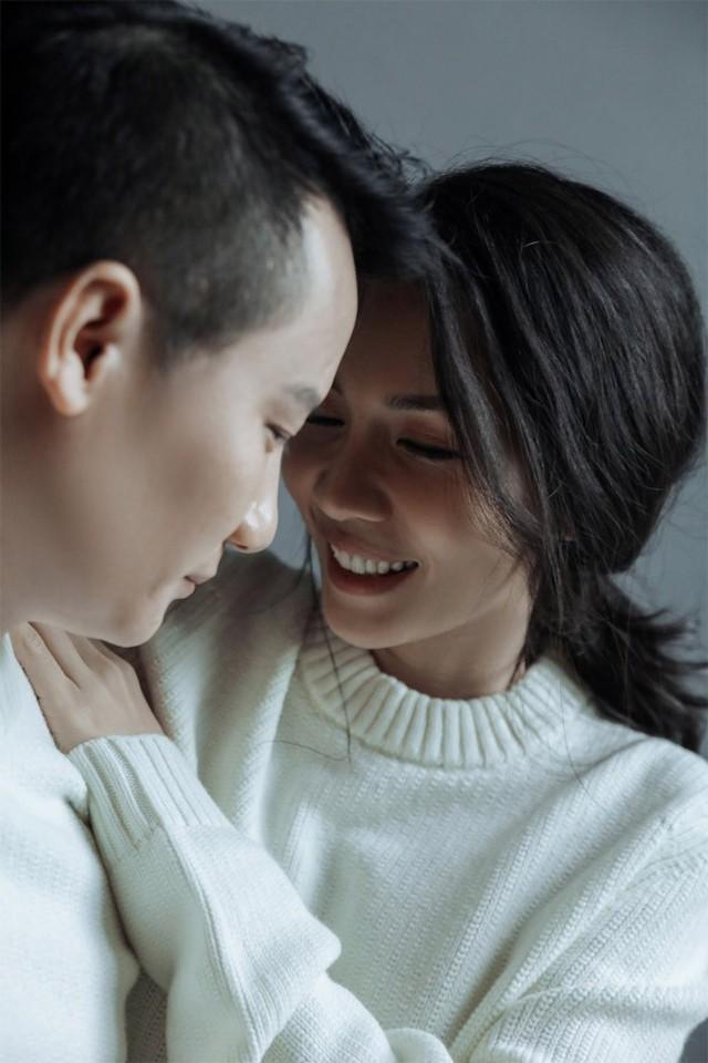Hoàng Bách thừa nhận, thời gian đầu quen Thanh Thảo, anh không hề có ý định nghiêm túc.