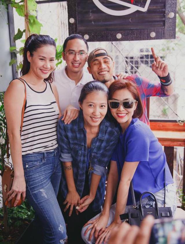 Vợ chồng Phạm Anh Khoa và vợ chồng Tăng Thanh Hà hiện cùng chơi chung một nhóm bạn thân, tình bạn hơn một thập kỷ qua của họ luôn khiến người hâm mộ dành sự ngưỡng mộ lớn.