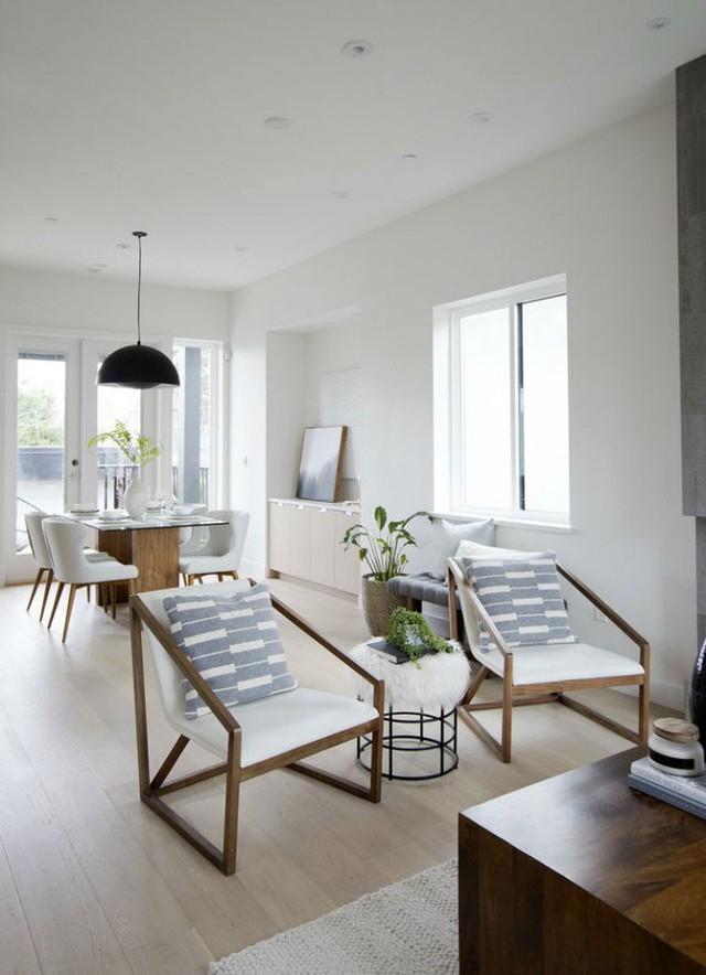 Thiết kế phòng chạy dài, ngay bên cạnh khu vực ăn uống là nơi có thể ngồi nghỉ ngơi, thư giãn.