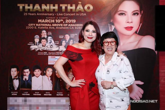 Nhà tạo mẫu tóc Khánh Vĩnh Hoàng ủng hộ Thanh Thảo làm liveshow ở nước ngoài.