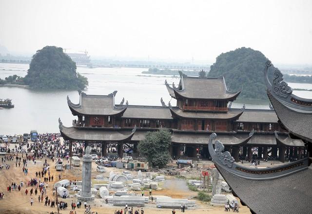 Nằm trong khuôn viên rộng lớn, nơi có cảnh quan sông nước hữu tình, Tam Chúc hứa hẹn sẽ là điểm đến của hàng triệu người dân.