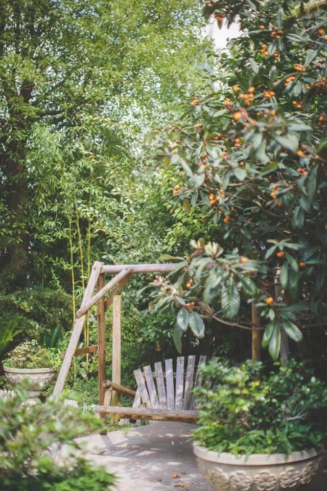 Những cơn gió nhẹ mang hương thơm của cây cỏ trong vườn vào nhà cũng đủ giúp cho các thành viên trong gia đình luôn cảm thấy thư thái, dễ chịu.