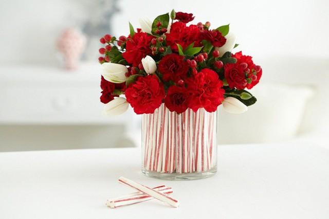 Nếu bạn đã có một bó hoa tuyệt đẹp, bạn có thể cân nhắc việc cắt chúng xuống để phù hợp với một chiếc bình ngắn hơn.