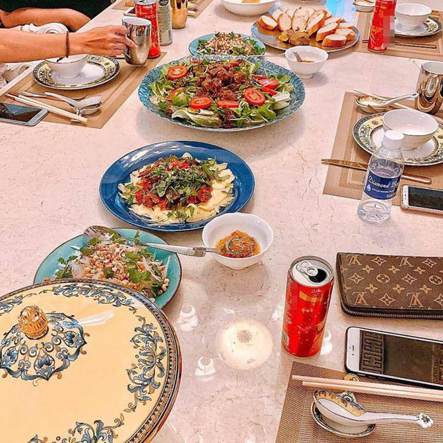 Các bữa ăn hấp dẫn của Lan Khuê trong thời gian gần đây.