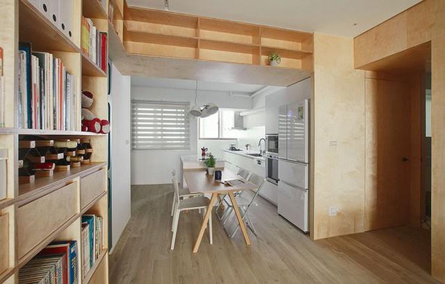Góc bàn ăn được đặt cạnh khu vực bếp.
