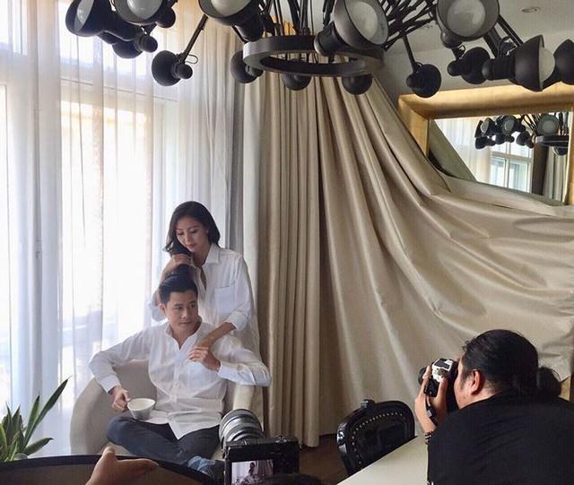 Tuy nhiên, Quang Dũng khẳng định giữa họ không có gì cả mà hình ảnh được đăng tải là khi anh và Vũ Ngọc Châm hợp tác với nhau trong một bộ sưu tập áo sơ mi cao cấp của Nhật Bản.