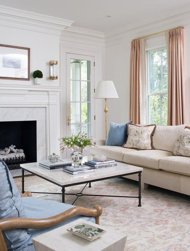Bàn trà là món đồ nội thất không thể nào thiếu được trong không gian tiếp khách của mỗi gia đình.