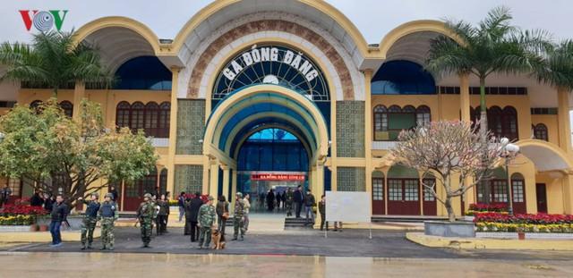 Công tác an ninh tại ga Đồng Đăng được thắt chặt. Ảnh: VOV