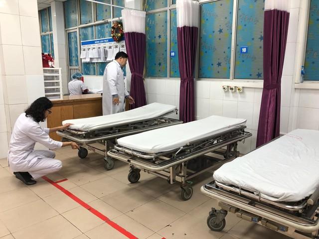 Kiểm tra giường cấp cứu tại Bệnh viện Đa khoa Xanh Pôn