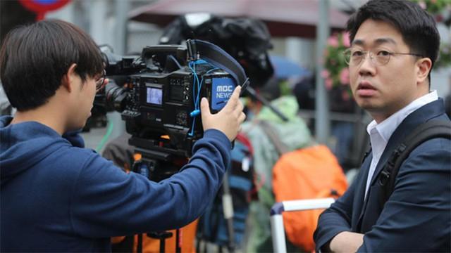 Hàn Quốc gây bất ngờ khi cử gần 900 phóng viên tới Hà Nội phục vụ sự kiện ngoại giao Mỹ - Triều lần này.
