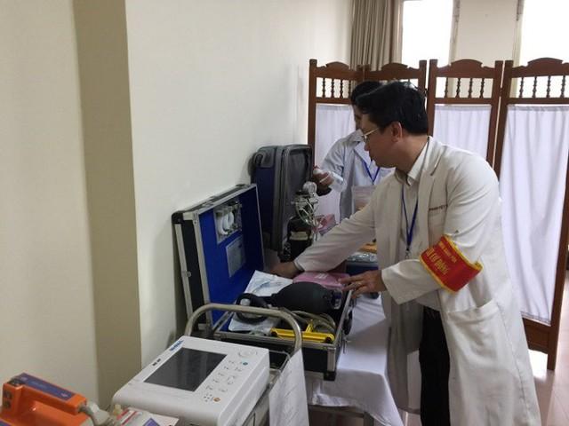 Kiểm tra hộp cấp cứu phục vụ sẵn sàng Hội nghị Thượng đỉnh Mỹ - Triều, tại BVĐK Xanh Pôn.