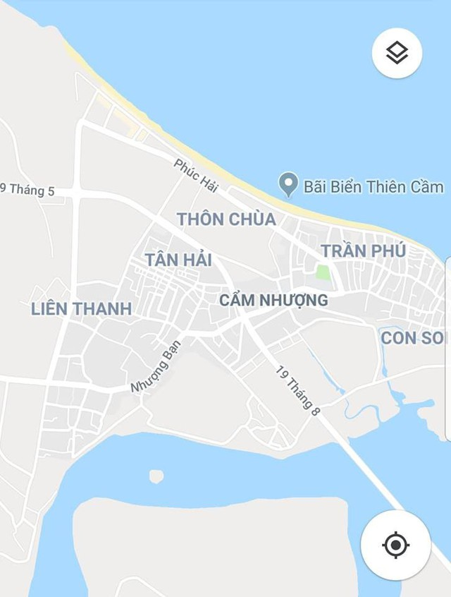 Bãi biển Cẩm Nhượng nơi xảy ra vụ việc. Ảnh Google Maps.