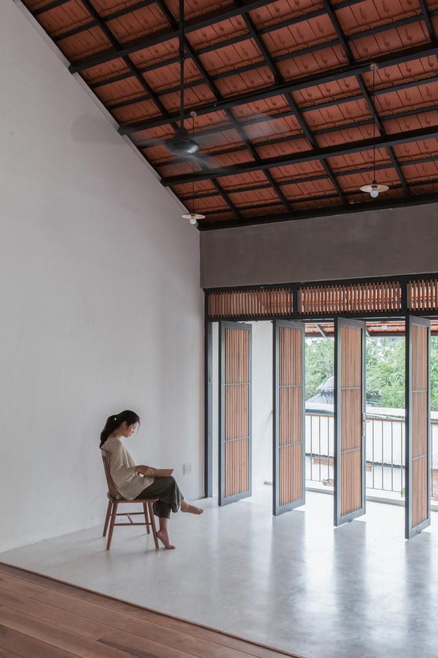 Ngôi nhà thể hiện phong cách sống hiện đại: đó là sự hòa hợp với thiên nhiên, điều kiện thời tiết địa phương.