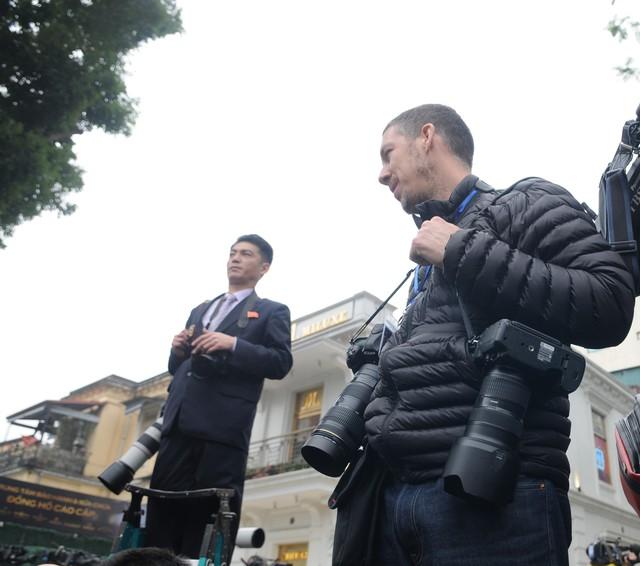 Sự khác biệt của phóng viên Triều Tiên với phóng viên quốc tế- Ảnh Hoàng Chí Hùng